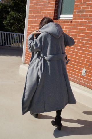 人気インスタグラマーが作ったシルエットがきれいな大人コート