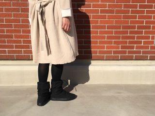 ブーツの中でかかとが動くのは、甲の低さが原因かも!100均のサイズ調整グッズでピタッと解決