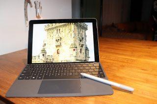【Surface Go】 もっとできるを、軽がると!重さわずかペットボトル1本分の2in1パソコン